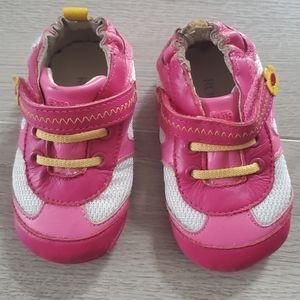 ROBEEZ Size 3 Infant Shoes
